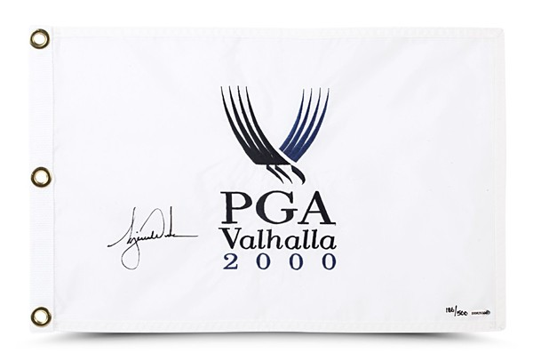 TIGER WOODS AUTOGRAPHED 2000 PGA CHAMPIONSHIP PIN FLAG